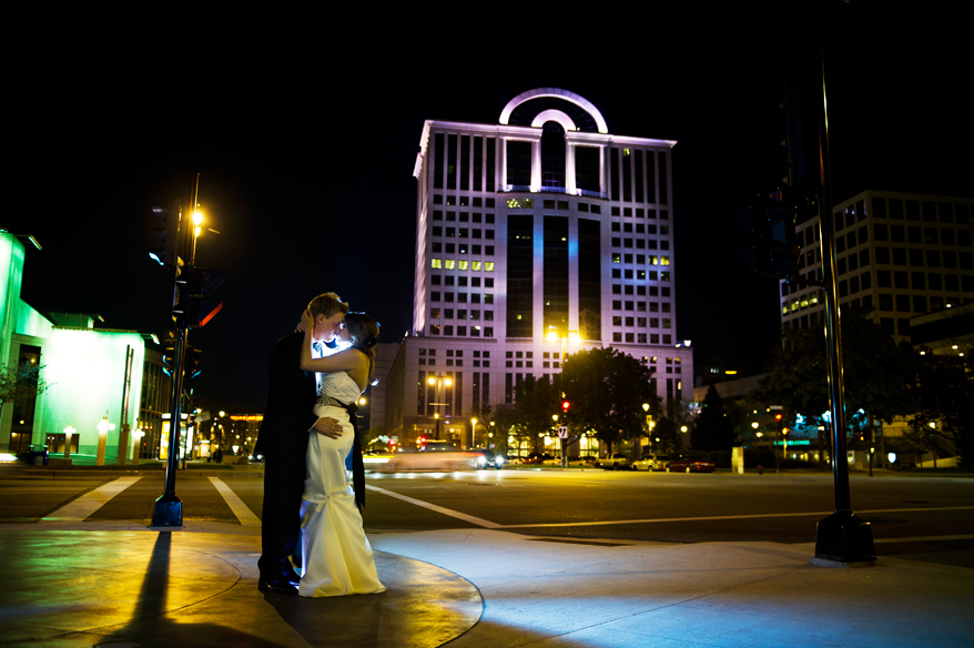 521 Milwaukee Wedding Photographer   Intercontinental Hotel Wedding   Sara and Zak