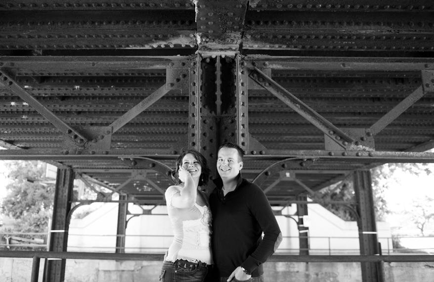 411 Milwaukee Photographer   Engagement Photos for Karie and Matt