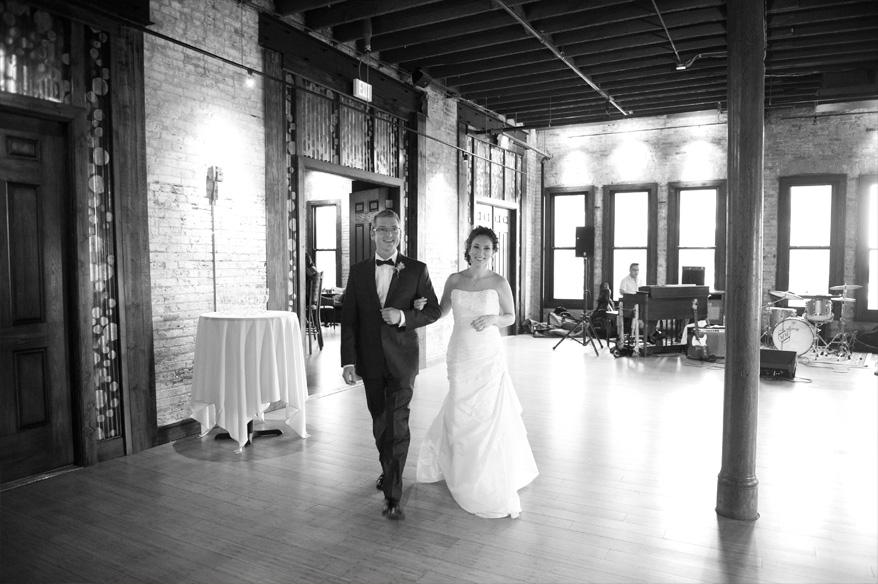 502 Cuvee Wedding Photographer Classic Elegant Milwaukee   Ilana and Matt