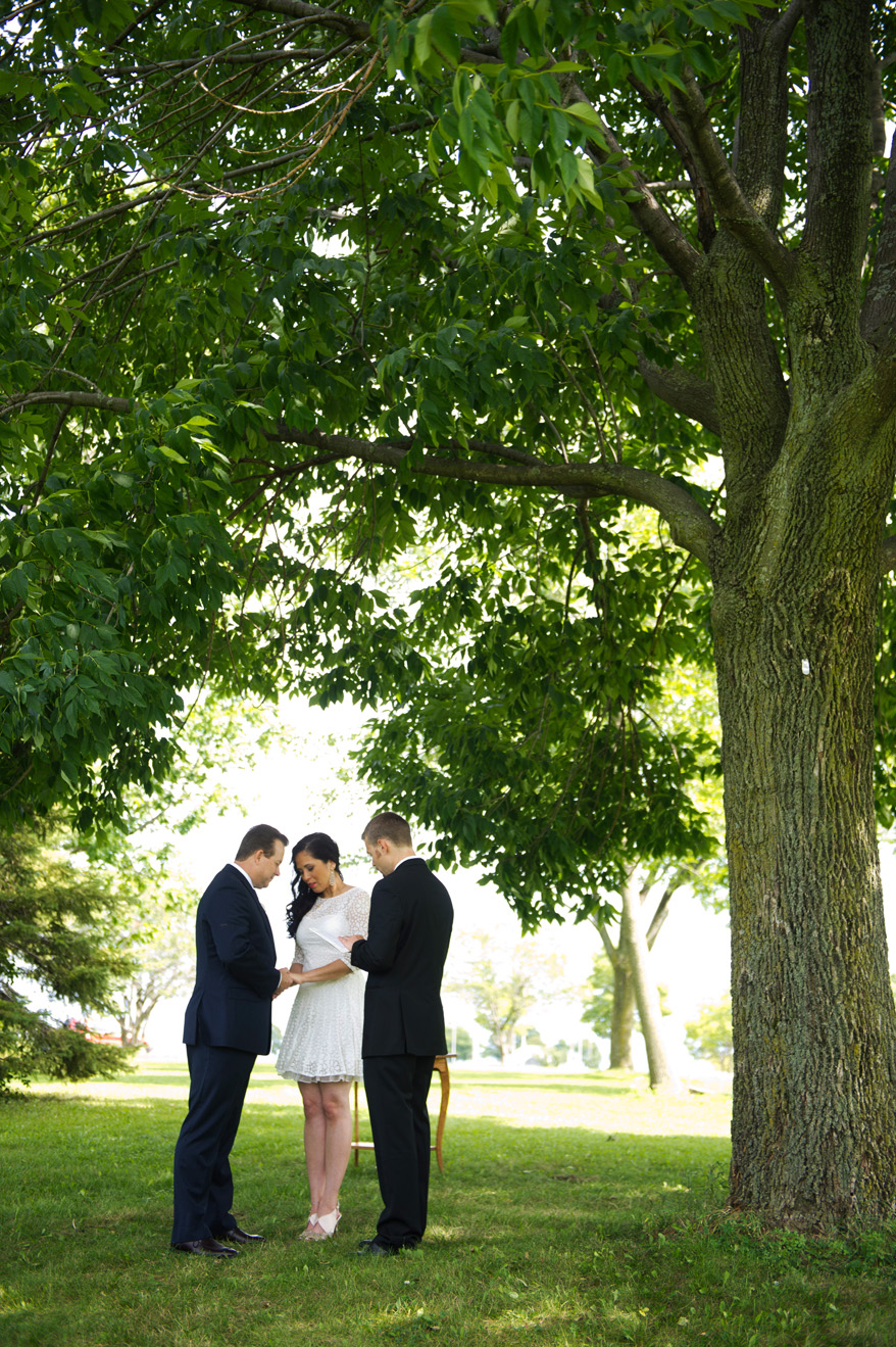 8b Milwaukee Small Lake Front Park Wedding   Non Traditional   Rose and Mike