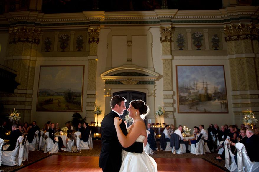 316 Grain Exchange Villa Terrace Wedding Photos   Carly and Andrew
